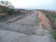 Пътят Алдомировци-Братушково се ремонтира и разширява с над 1м